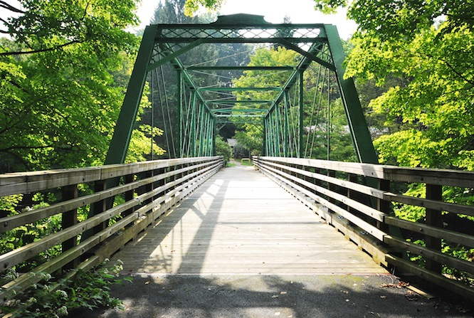 east mineral road walking bridge
